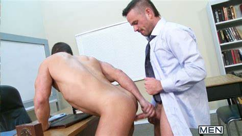 Fascinating Student Helped By Threesomes Guys Showing Porn Images For Amazing Cousin Masseuse