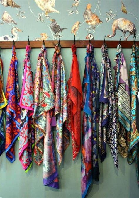 comment ranger ses foulards id 233 e et astuce de rangement pour foulards et 233 charpes ranger et