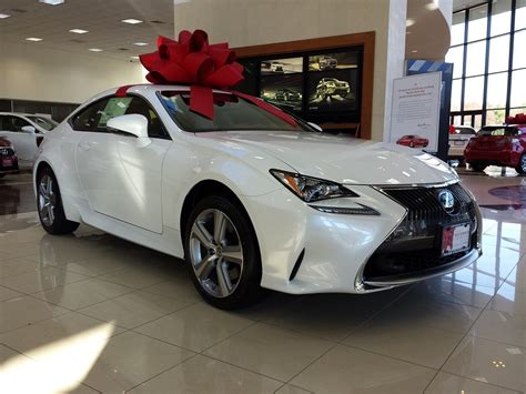 lexus bow the big holiday bows on cars are an american success story
