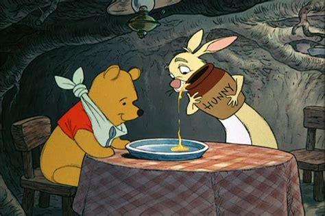 Walt Disney. The Many Adventures Of Winnie The Pooh (1977