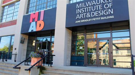 milwaukee institute of and design 3rd ward to get more apartments plan by general
