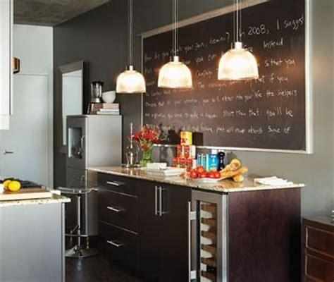 batterie cuisine cuivre photos cuisines de style bistro maison et demeure