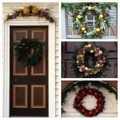 Nice Wreaths Colonial Williamsburg