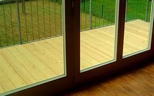 Balkon Dielen Holz : holzb den f r draussen terrassendielen balkondecks ~ Michelbontemps.com Haus und Dekorationen