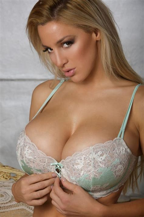boobies yeah cups pinterest boobs girls and lingerie