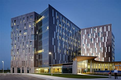 Gallery of Cerner Continuous Campus / Gould Evans - 13