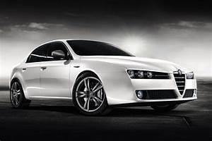 Alfa 159 Fiabilité : alfa romeo debuts 2011my 159 sedan and sportwagon ~ Medecine-chirurgie-esthetiques.com Avis de Voitures