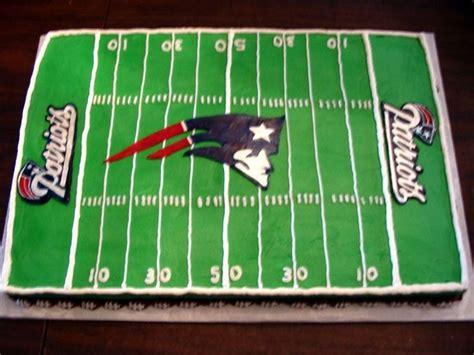 top  england patriots cakes images  pinterest