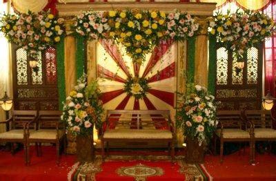 dekorasi pernikahan surabaya  toko bunga  berada