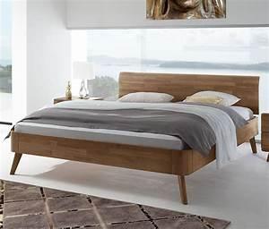 Drei In Einem Bett : massives nussbaum bett mit gebogenem holzkopfteil parkano ~ Pilothousefishingboats.com Haus und Dekorationen