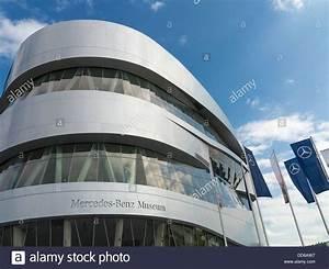 Musée Mercedes Benz De Stuttgart : benz photos benz images alamy ~ Melissatoandfro.com Idées de Décoration