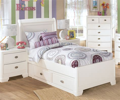 ashley furniture alyn twin size platform storage bed girls