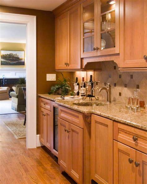 kitchen backsplash ideas with oak cabinets 65 best back splash images on dressers 9062