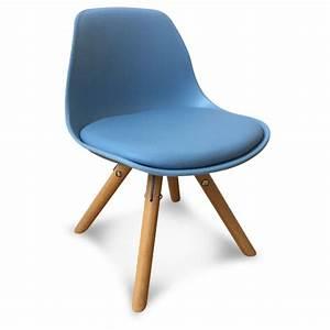 Chaise Bleu Scandinave : chaise scandinave enfant bleu little marmaille ~ Teatrodelosmanantiales.com Idées de Décoration