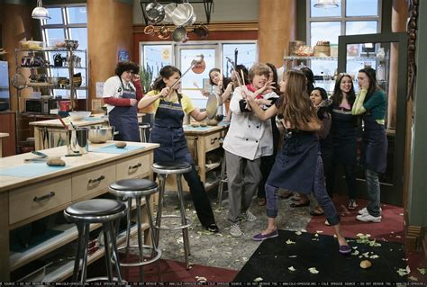 season 2 stills suite life on deck photo 7889583 fanpop