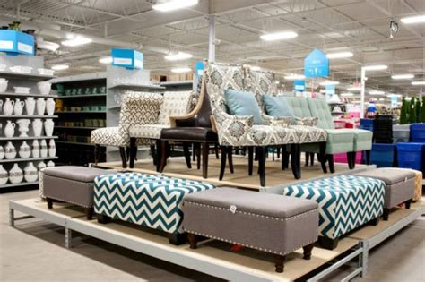 home design store grand opening of a 39 s summit home decor store and