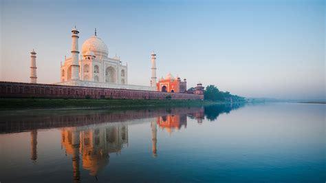 Wonder of The World Taj Mahal at River Shore Photo | HD ...