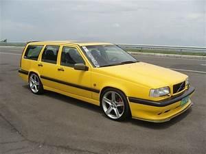 Volvo 850 R : 10 best images about volvo t5r on pinterest sedans station wagon and volvo ad ~ Medecine-chirurgie-esthetiques.com Avis de Voitures