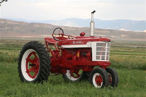 Mysteries Revealed - Farmall v. International Tractors ...