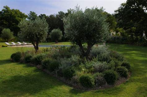 cr 233 ation d un jardin proven 231 al 224 saint cannat 13