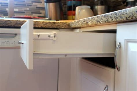 pack rok hardware soft close  wood drawers soft