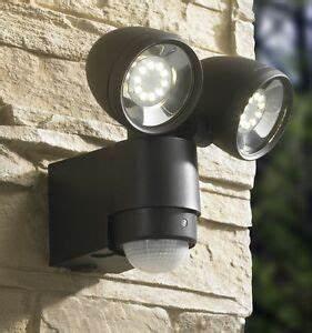 Led Spot Mit Bewegungsmelder : led leuchte mit bewegungsmelder g nstig online kaufen bei ebay ~ Orissabook.com Haus und Dekorationen