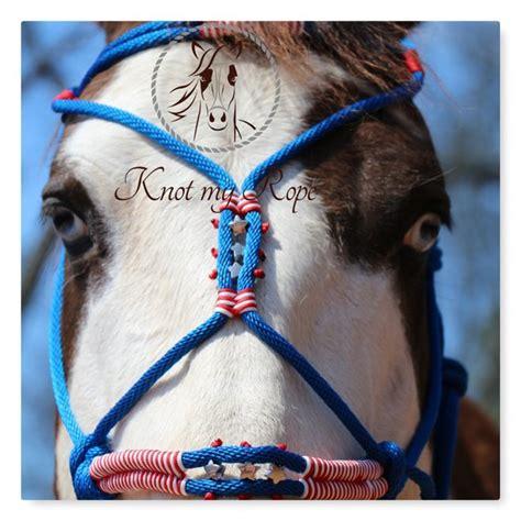 "foto de Rope halter ""AMERICA"" patriotic horse tack blue red"