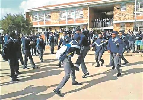 Watch Pupils Stabbed In Violent School Fight  Daily Sun