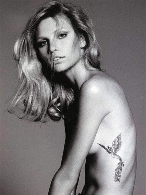 tatouage phoenix fille discret  fin sur les cotes