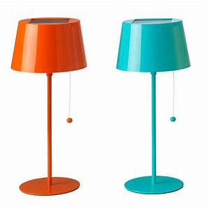 Lampe à Poser Ikea : 25 lampes color es pour gayer sa d co de salon lampe nergie solaire ikea d co ~ Teatrodelosmanantiales.com Idées de Décoration