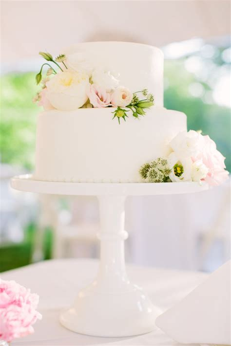 Best 25 Two Tier Cake Ideas On Pinterest Two Tier Cake