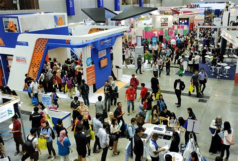 career  educational fair   malaysian reserve