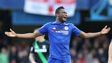 Chelsea sign 15-year kit deal with Nike worth £60m a ...