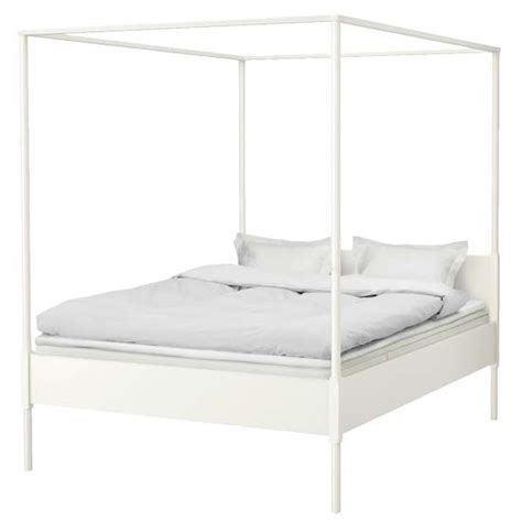 ikea canap駸 the 25 best ikea canopy bed ideas on canopy bed with curtains and ikea