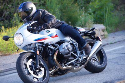 R Nine T Racer Image by 2017 Bmw R Ninet Racer Review 14 Fast Facts