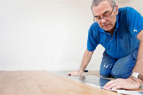 Wie Verlegt Pvc by Pvc Planken Verlegen 187 Anleitung In 5 Schritten