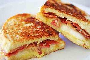 Grilled Cheese Sandwich with Bacon and Pear Recipe ...