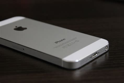 white iphone 5 apple iphone 5 64gb white model apple iphone 5 64gb