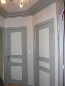 impressionnant peinture porte couloir et peinture pour With peindre des portes en bois