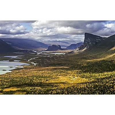 Lapland - Aktse och Skierfe i Rapadalen © toj-Fp41864