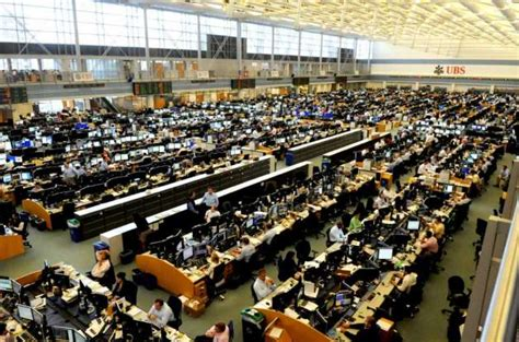 ubs trading floor ubs to stay in stamford for another 5 years stamfordadvocate