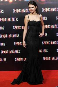 Selena-gomez-red-carpet-looks (13) | The FashionBrides
