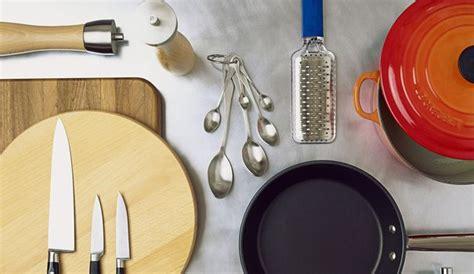 ustensiles de cuisine en l en images les ustensiles de cuisine indispensables l 39 express styles