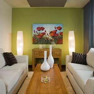 peinture papier peint moulure murs rouleau et pinceaux With choix de couleur de peinture pour salon
