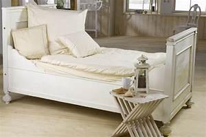 Bett Shabby Chic : wohnen im shabby chic vintage style landhausstil und industrial look ~ Sanjose-hotels-ca.com Haus und Dekorationen