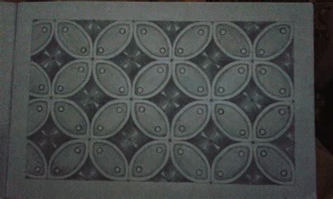 Namun sayangnya rotan mudah di serang kutu bubuk. Ragam Hias Geometris: Gambar Ragam Hias Geometris dengan arsiran