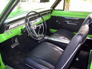 1967 DODGE DART 2 DOOR HARDTOP - 117098