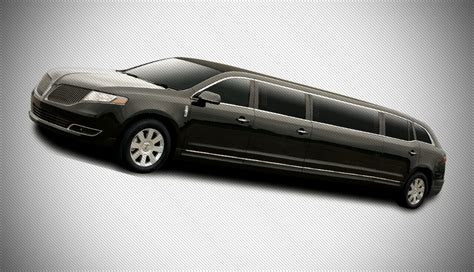 Stretch Limousine Service by Lincoln Stretch Limousine Service In Chicago