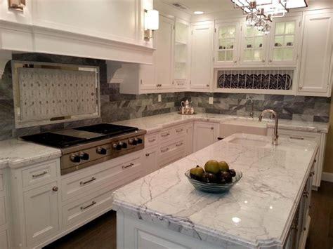 kitchen counter backsplash ideas pictures backsplashes for kitchens with quartz countertops 8252