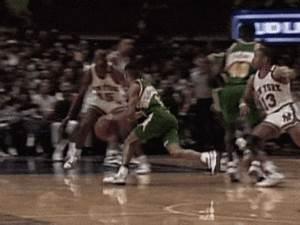 Shawn Kemp – Seattle SupersonicsMore 80s & 90s NBA gifs at ...